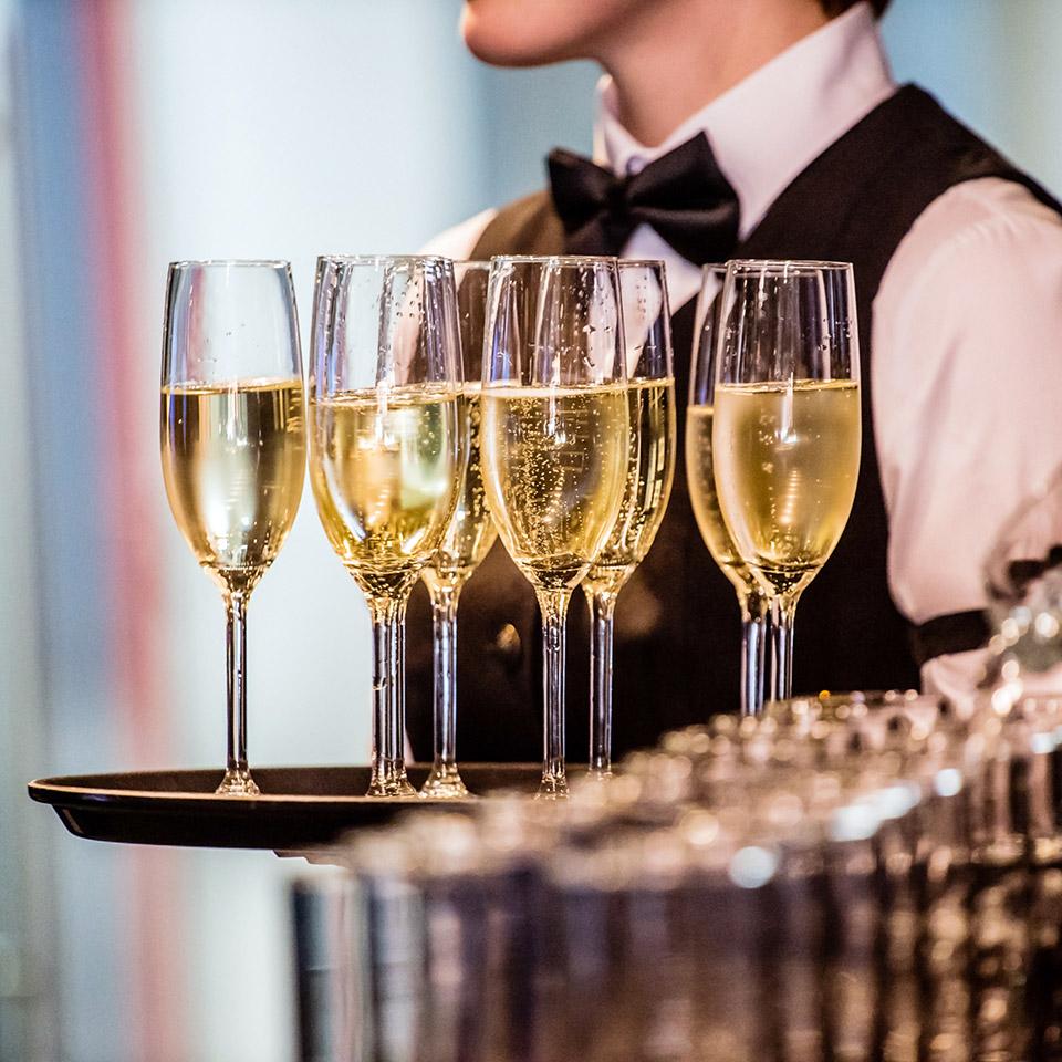 Organizza la tua festa privata. Eventi aziendali